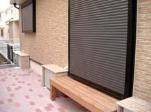 縁側とエアコン室外機カバー