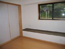 造作出窓を利用したTV棚
