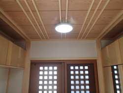 玄関~天井は竿縁天井