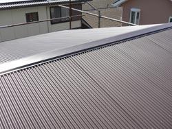 瓦屋根からガルバリウム鋼板へ