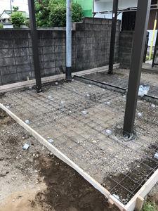基礎工事(鉄筋を組みます)